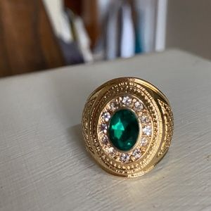 Anthropologie Emerald Signet Cocktail Ring 8
